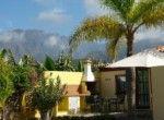ID1016-bungalow_terrasse_mit_grill_mittel
